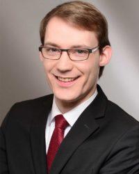 Christopher Kieser ist Theologe.